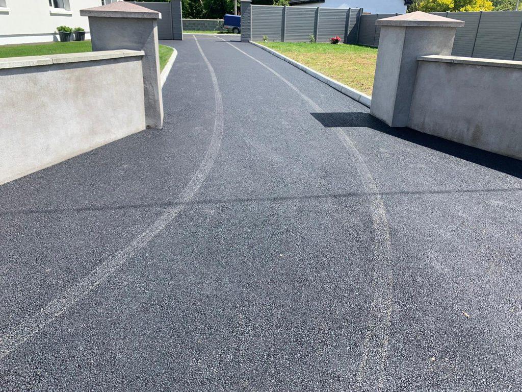 New tarmac driveway Connaught